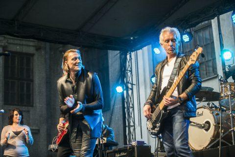 """""""Pelenų"""" koncerte – atnaujintas """"Bryan Adams Project"""" ir geriausios autorinės dainos"""